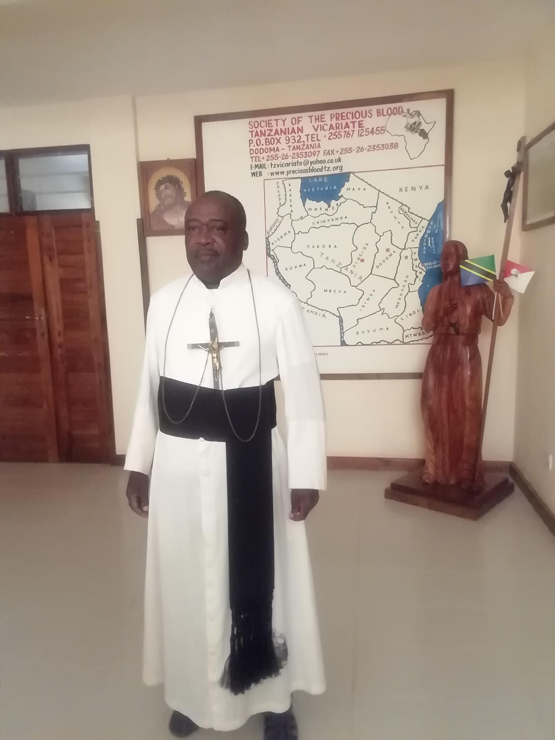 priest-img-1