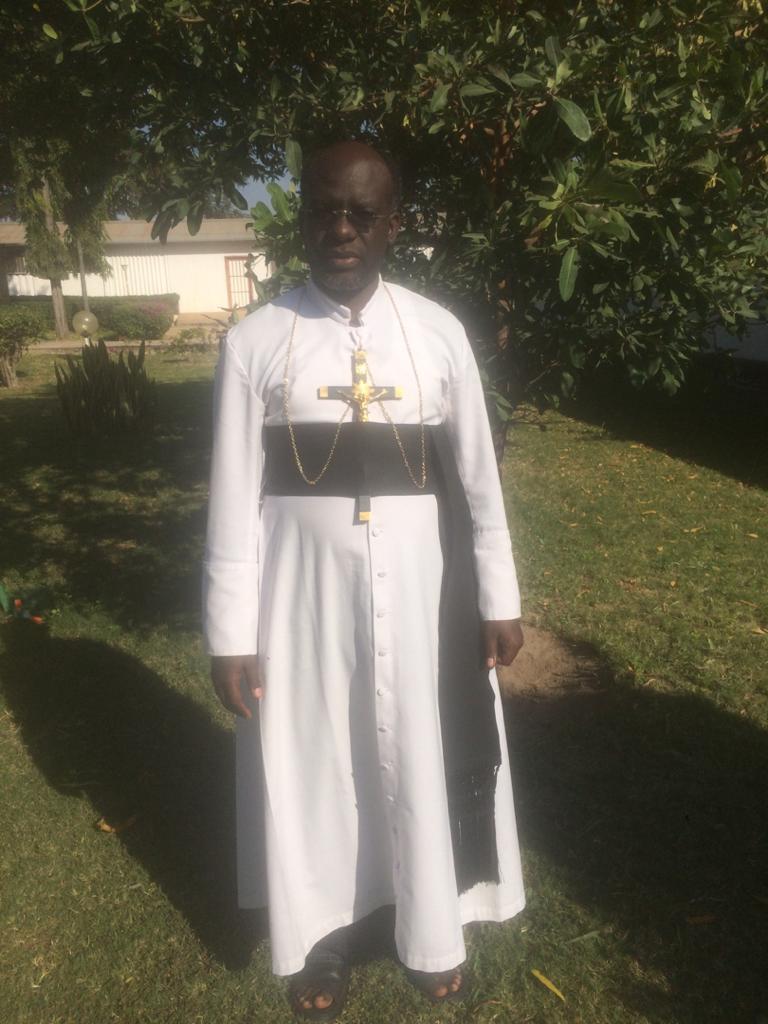 priest-img-3